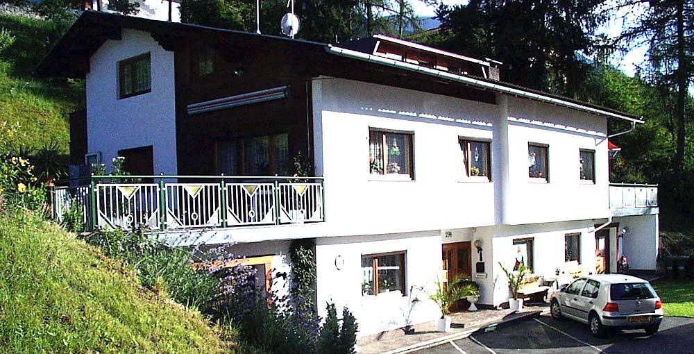 Haupthaus Appartements Falkner