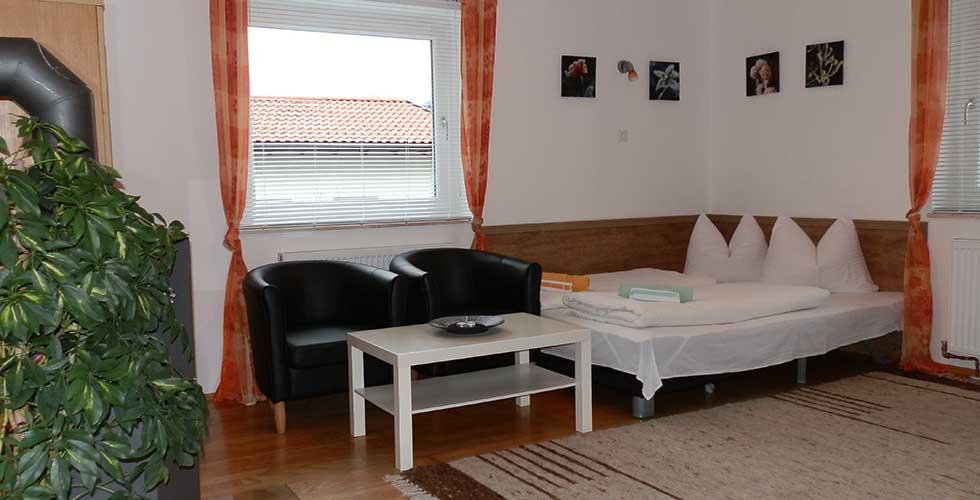 Wohnschlafzimmer Wohnung B